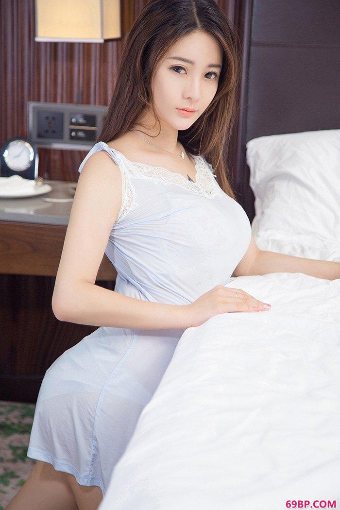 美娇娘刘天天丰乳肥臀尽显冰肌玉骨_新西西人体艺术网
