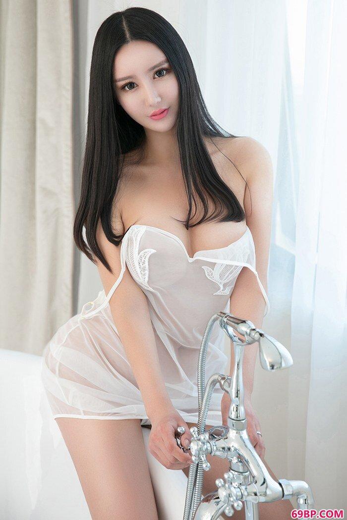 丁裤浪女姚沐迪蕾丝吊带韵味十足