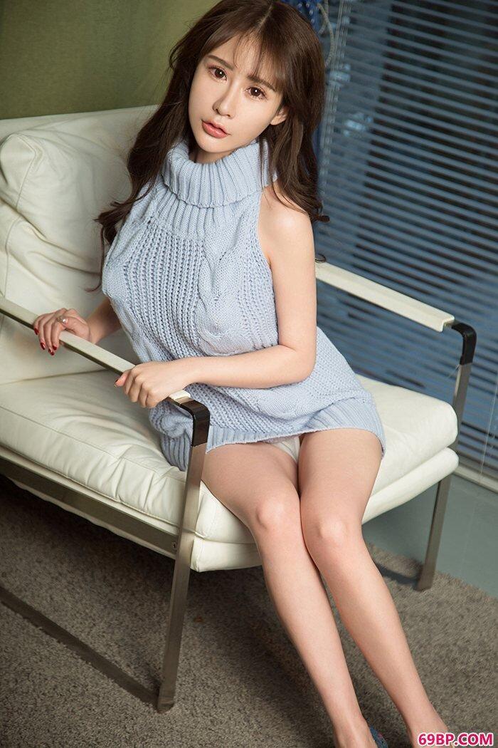 女神苏可可透明薄纱难掩热辣身材_国模谢文沙发大尺寸私拍