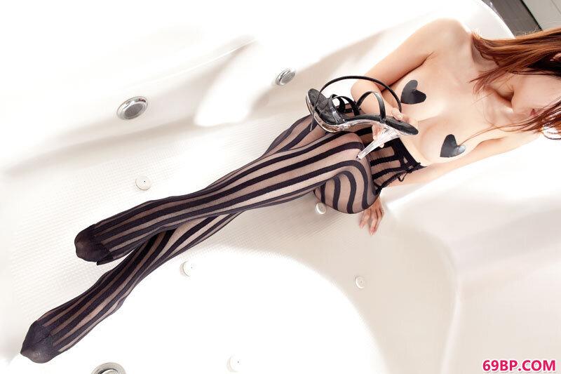 美腿嫩模第86期Olivia_韩国裸模美女gogo人体