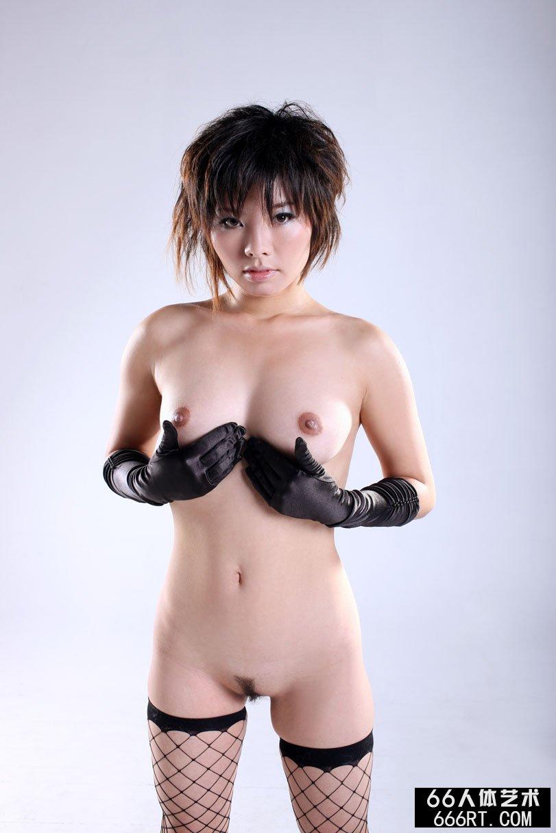 裸模晓灵09年1月5日室拍美丽丝袜袜人体