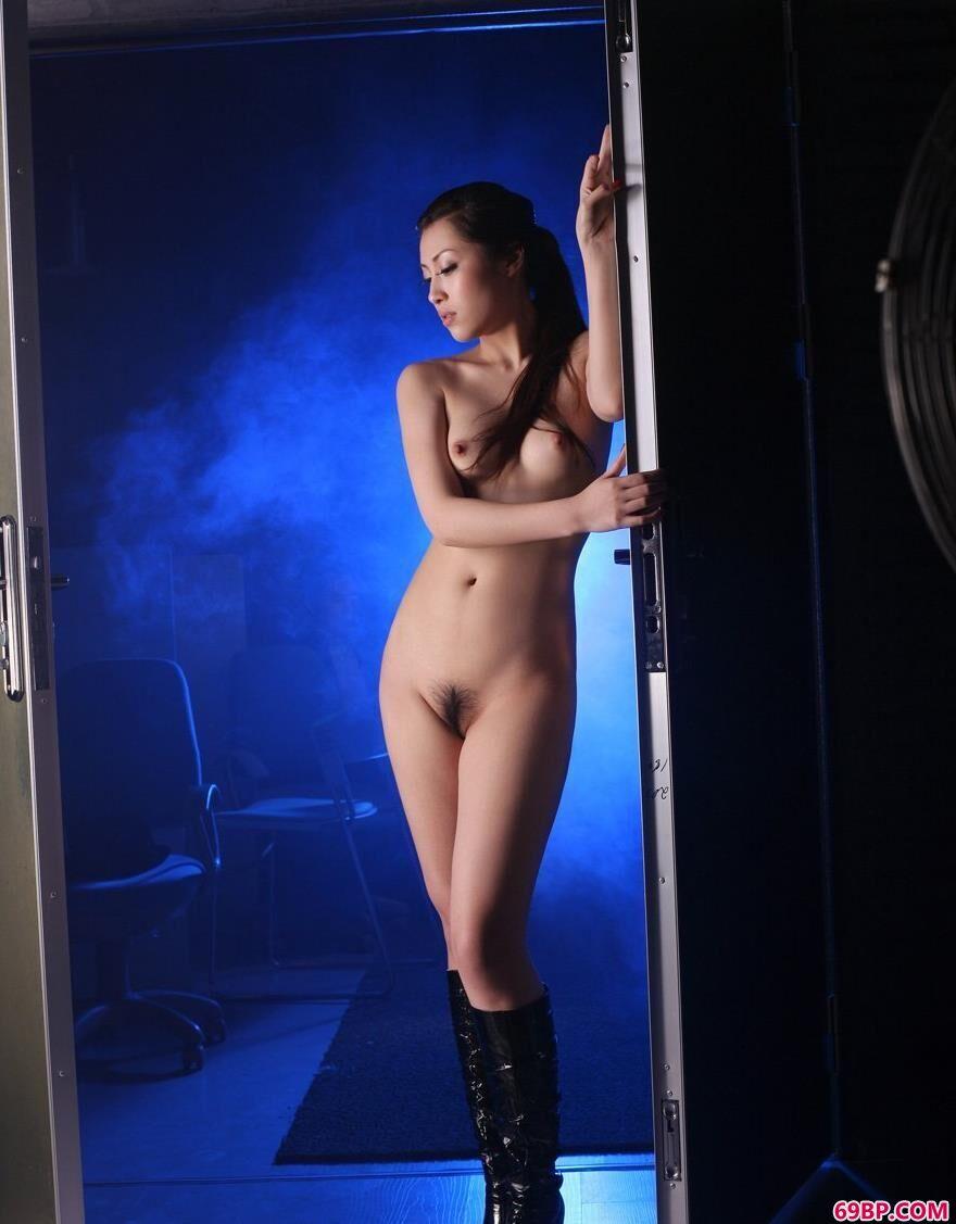 超模秦秦冷酷的女人3