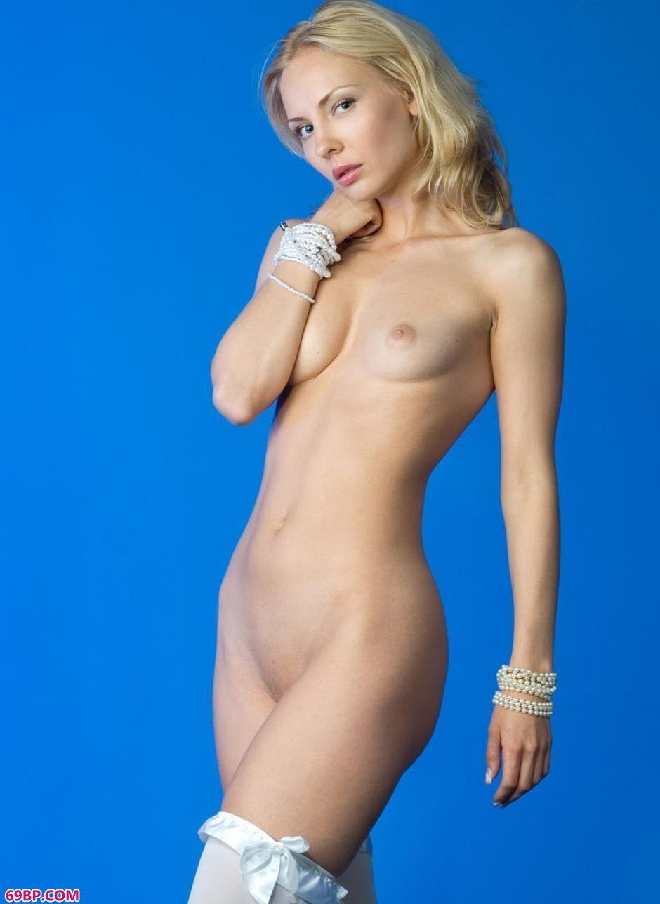 嫩模JANE室拍人体,白人美女人体艺术