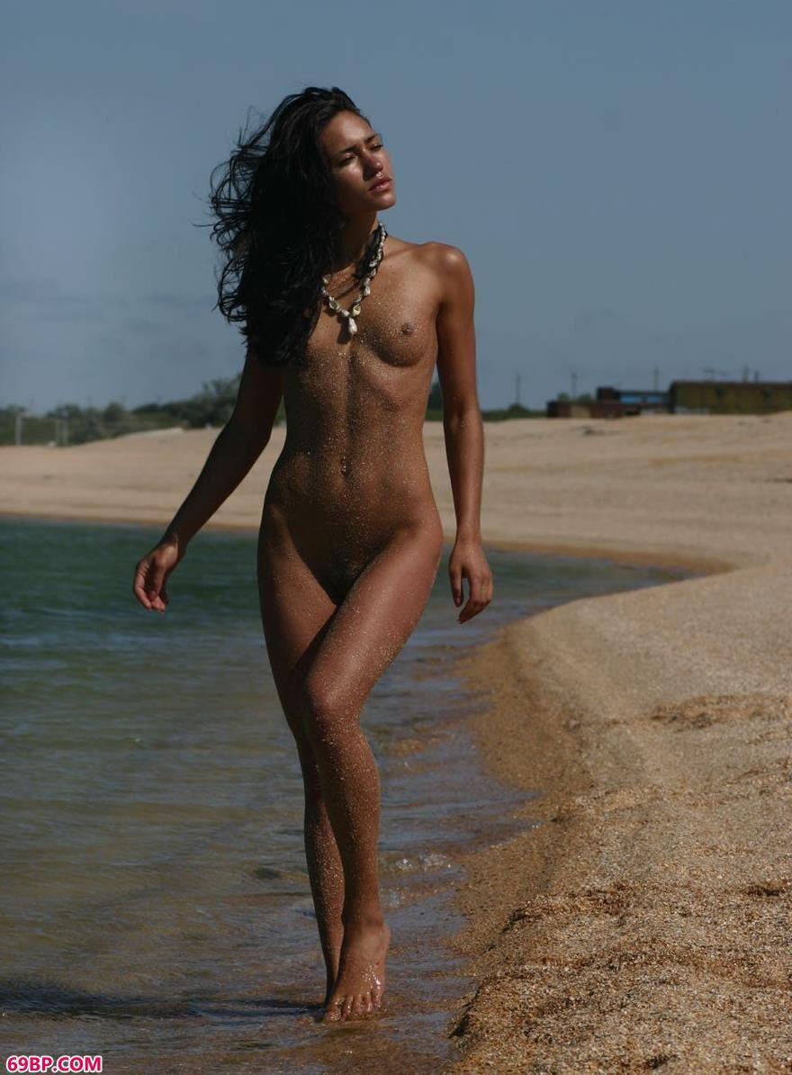 坦噶海滩景美裸模更美6