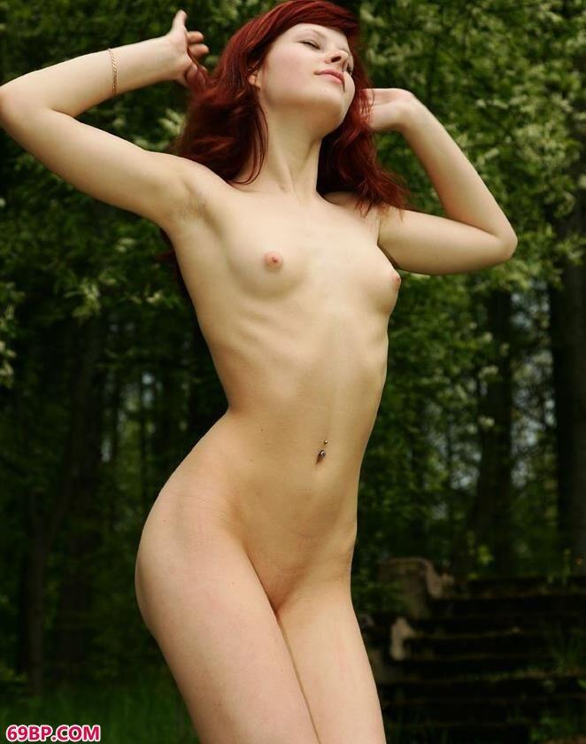 法国女人体图片