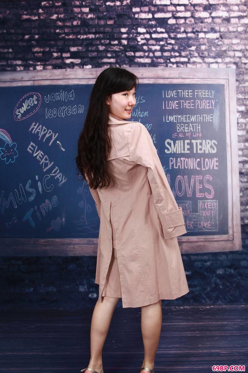 gogo嫩模惠惠的人体老写真_37tp人艺体术图片欣赏
