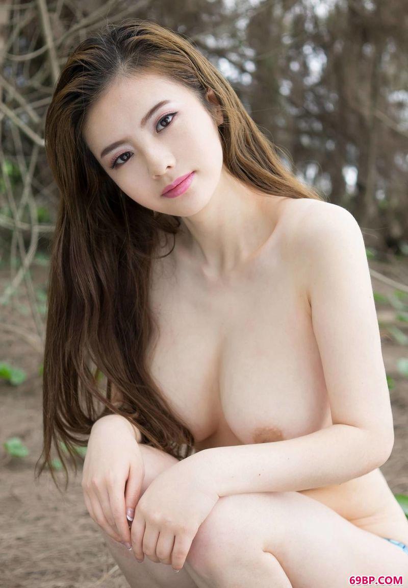 丰润的花语模特佳妮Jenny_美女美裸体